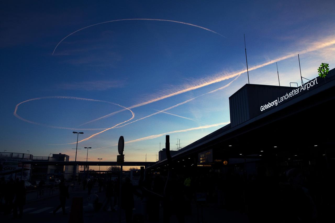 Göteborg 2012.02.26.Bombhot Landvetter.DRAGARBILD Foto: Niklas Maupoix